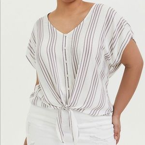 Nwt torrid tie front striped top